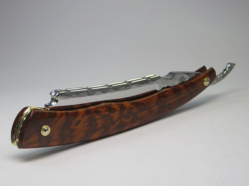 scale material: Snakewood